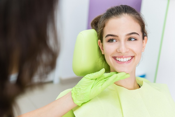 Why Visit A Cosmetic Dentist?